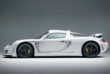 Vette wagens / Een bonte verzameling van vette wagens. Ik geef het maar gelijk toe, veel Porsches!