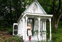 Tiny House Love / by Beck C