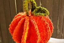 Halloween Knitting & Crochet Patterns / The best Halloween projects from around the web