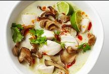 World of Recipes: Southeast Asia / Amazing recipes from Vietnam, Indonesia, Thailand, Singapore, Malaysia and Laos