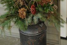 Holiday Decorating / by Hammack's Wood-N-Cloth Crafts