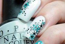 Beauty nails / by Tuula Taavo
