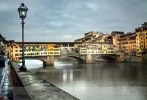 Florence - Italie / De Florence se dégage de la magnificence, des couleurs propres à la Toscane et à l'Arno. A chaque séjour, Florence me bouleverse. Les émotions se mélangent et m'envahissent.