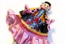 Dolls - International / by Patty Richardson-Edwards