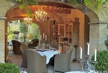 DINING SPACES / by Vicki Payne