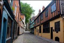 Exploring England / Includes: Salisbury, Bath, Oxford, Norwich & Windsor