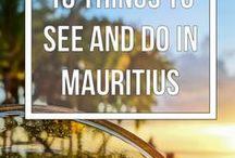 Paradies auf Mauritius / Das turkisblaue Meer, die herrlichen weißen Sandstrände und die tropische Umgebung versprechen ein romantischen Urlaub auf Mauritius.