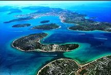 Land of Thousand Islands / Big and small, green and white, long and short, inhabited and not, so many to escape and to admire...endless possibilities