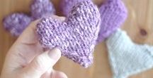 Knit + Craft Valentine's Day / Valentine's Day DIY Knitting + Crafts