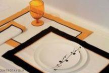 L'eleganza del NERO in tavola! / Scopri come poter rendere la tua casa ancora più elegante usando il nero in abbinamento al bianco e a un tocco di arancio. Una collezione esclusiva da #Centrotavola a #Milano, al secondo piano di via Spadari.