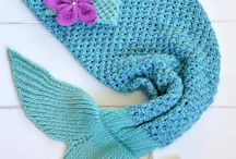 Knit Mermaid Tail Blankets / Mermaid Tail Knitted Blankets