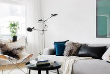 Interior • Livingroom / Interior ideas for a modern livingroom, spacious, ary, minimalistic, simple, classy, scandinavian, white, bright, art. Colourpalette: blue, grey, blushed pinks, white.