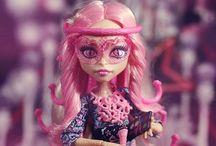 Monster High / by Christian Nava