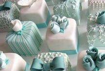 Inspiration - Mini Cakes + Petits Fours