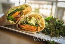 Vegan/Vegetarian / Lifestyle, recipes and tips for the vegan/vegetarian in you.