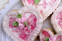 Cookie Shoppe~*~ / These cookies are just too beautiful to eat!  This world needs beautiful SWEET things!