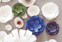 CRAFTS   flower power / Flowers & Pom Poms