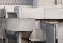 architecture / by Tabata Pieri