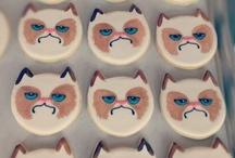 grumpy cat  / Just grumpy cat... because.