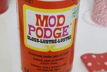 ModPodge Rules / ModPodge is the Ultimate Craft Medium: glue, varnish, decoupage medium, mix it with glitter, paint, sand, change your furniture, your car, make faerie houses, sand sculptures... here's some ideas.