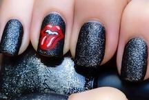 coloured nails