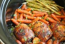 Crock Pot Recipes / Looking for quick easy dinners.  Here are some crock pot recipes.  You will find healthy recipes, chicken recipes, beef. All things that are yummy for busy days and nights.