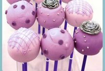 Cakes- Cake pops and cake balls