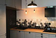 Grey kitchen with hexa tiles