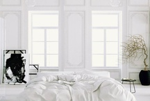 #Bedrooms / Chambre - lit - bedroom
