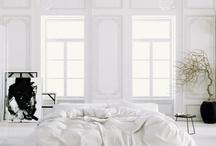 #Bedrooms / Chambre - lit - bedroom