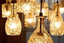 E LA LUCE FU / Lampadari, candelabri e tutto ciò che illumina per far luce sulla creatività