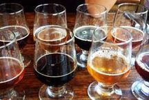 Burbank Beer Festival / Downtown Burbank turns on the taps for the annual Burbank Beer Festival with ample helpings of beer and good times. Beer enthusiasts sample a variety of brews, obtain a souvenir glass, and enjoy music! This year's event will be held on October 17, 2015!