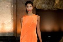 Orange for summer / Orange is the new black this season. Get the look for your home !