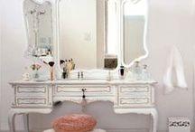 Vanity / makeup area