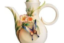 I'm in LOVE with teapots