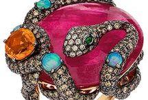 Jewelry: Gems & Stones / by Wilma Guzman