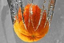 Orange.♡. / É uma cor viva que transmite energia. Estudos indicam que a cor laranja em um certo ambiente pode deixar, ali, as pessoas um pouco eufóricas.  Adoro, também, por ser  uma cor pouco comum na natureza. / by Constancia de Azevedo