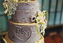 Wedding cakes and options / Express your uniqueness with your dessert options.