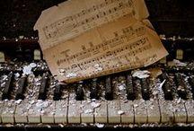 Piano & Organ / love music