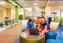 Espais escolars / Des de la inspiració montessori i reggio emilia fins els dissenys més moderns de les escoles escandinaves. Espais exteriors de 0 a 18. També oficines i llocs de treball que poden inspirar sol·lucions noves i imaginatives pels espais de secundària. / by Elena