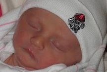 """Georgia Bulldog Baby / Future Tailgater offers awesome Georgia Bulldog baby apparel, accessories & gift sets for baby fans. Our items will make you smile cause they're """"Made to Play""""!"""