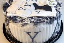 """Yale Bulldog Baby / Future Tailgater offers awesome Yale Bulldog baby apparel, accessories & gift sets for baby fans. Our items will make you smile cause they're """"Made to Play""""!"""
