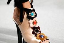 FOOTWEAR / obuwie