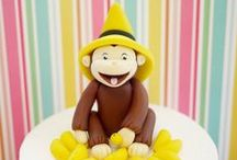 Curious George Party Ideas + Free Printable / Want to put a smile on your curious little one with his favorite character? Are you ready to plan a super fun party inspired on Curious George TV Show? Here you have some inspiration for the party and some fun elements you can use to make it wonderful. Don't forget to download the Free popcorn box printable.