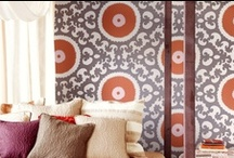 Luxury home wallpaper ideas / Fall in love with the beauty and romance of wallpaper with some of our favorite looks.