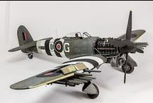 Figurines & Models / From Warhammer 40k to Airfix kits - I love building and painting models.