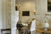 Home inspiration - interiour / Beton, hout, natuurlijke materialen, stoer, sober, warm, lichte kleuren, modern landelijk -> mijn stijl!
