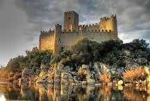 Castles / Castles.