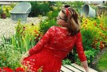 Sukienka, sukieneczka, suknia / Uwielbiam sukienki, ich formy, możliwości.  Tu będą też moje sukienki o nowoczesnych krojach z tkanin we wzory ludowe. Wzory łowickie, góralskie, bukowiańskie. http://folkmelanii.pl/24-sukienki