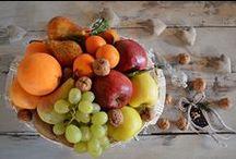 CESTE DI NATALE 2015: per un regalo ricco di gusto e sapore / Salse, sughi, confetture, frutta secca, miele, formaggio... di tutto e di più per i vostri regali! Confezioniamo ceste regalo di varie dimensioni personalizzabili secondo le vostre preferenze.